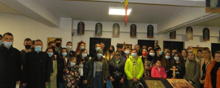 Întâlnirea Centrelor de tineret și catehetice din zona Bocșa – moment de rugăciune și cugetare