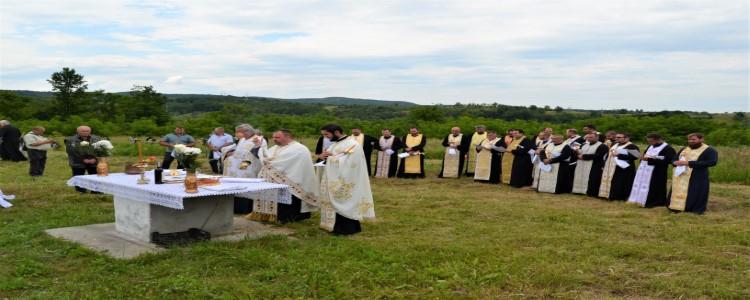 Slujbe de pomenire a celor răposați la Parohiile Duleu și Soceni
